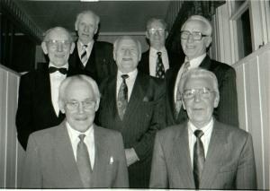 Bilde fra Eggkleiva mannskor sin 50-års jubileumsfest. Et utvalg av de første sangerne i Eggkleiva mannskor